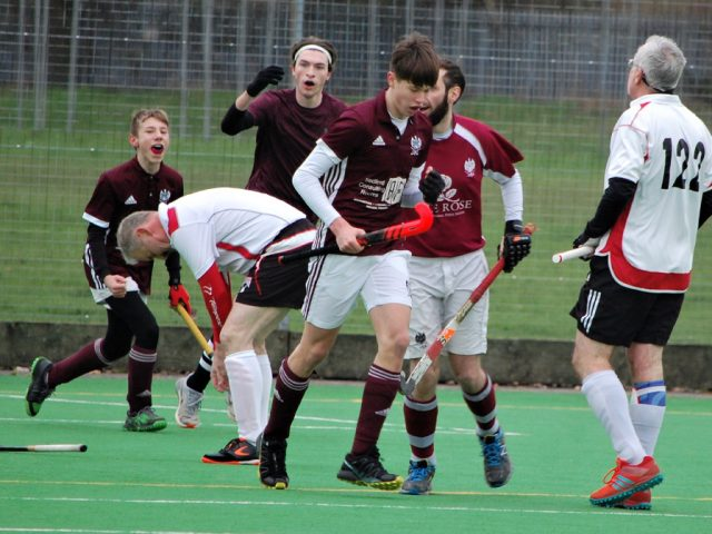 Bedford 5s scoring in the closing stages of their game against Hertford Stags to take the win