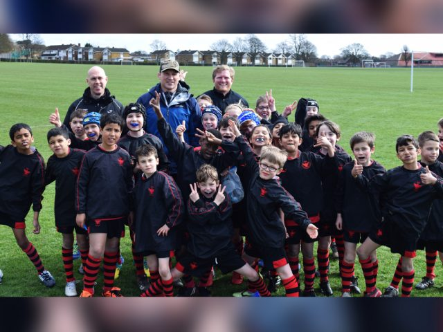 Dylan Hartley and BMS Year 4 boys