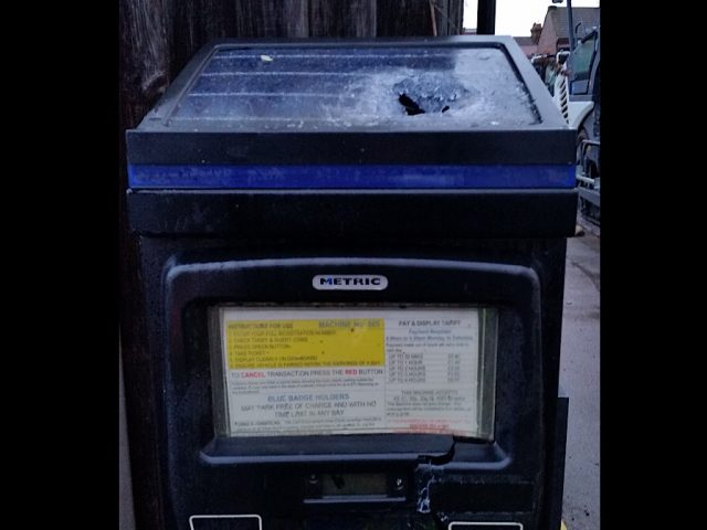Ampthill Rd parking meter
