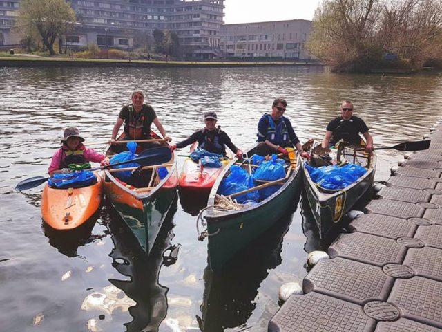 Bedford River Clean up Viking Kayak Club