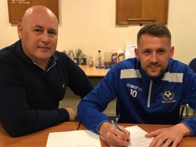 Dan Walker (r) with Bedford Town FC Manager, Jon Taylor signs on for another two seasons at the Bright Management Eyrie Stadium