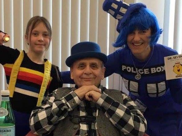 Sylvester McCoy and fans