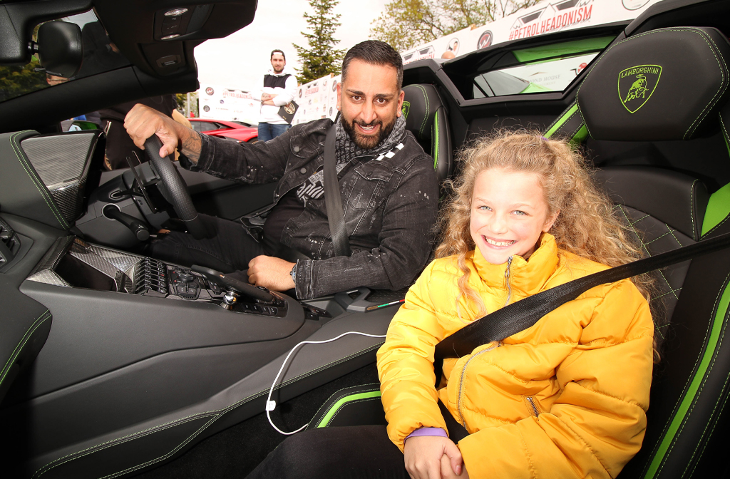 Yianni Charalambous gave Rays of Sunshine children rides in is supercar on the day