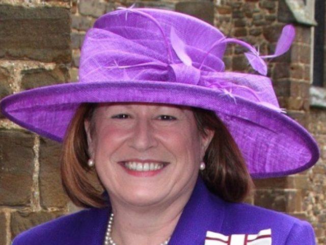 Lord Lieutenant Helen Nellis