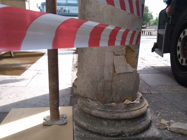 Swan Column Damage 11 July 1