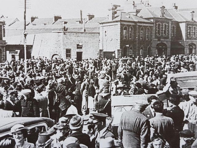 Evacuation scenes at the Weighbridge, St. Helier, 20 June 1940