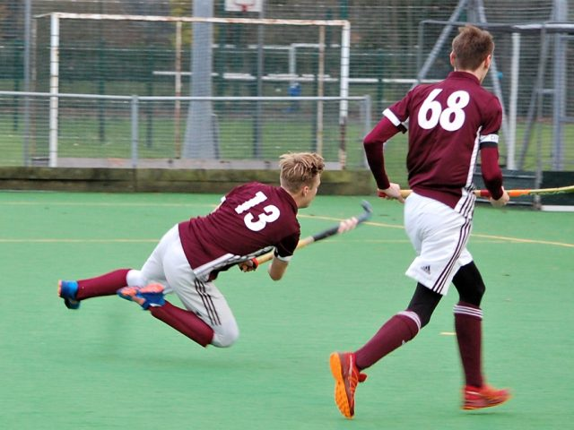 Men's 2s strike on goal