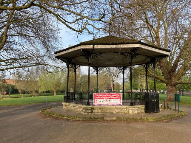 Embankment Bandstand , Bedford