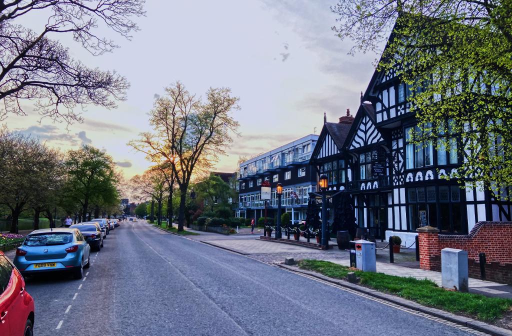 The Embankment, Bedford